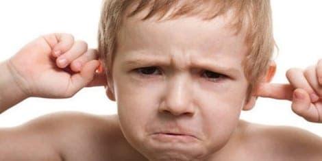 اسباب العند عند الاطفال