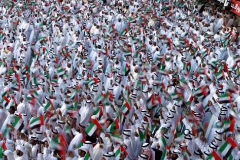 عدد سكان الامارات