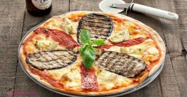 طريقة عمل البيتزا الايطالية بالصور