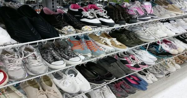 نصائح عند شراء أحذية طبية نسائية
