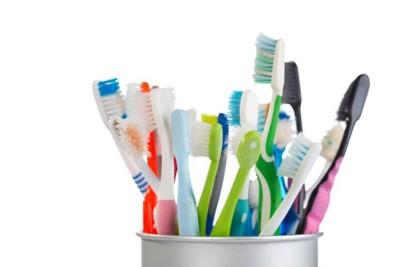 انواع فرشاة الاسنان