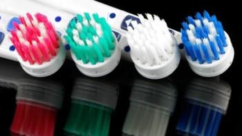 نصائح عند اختيار افضل فرشاة اسنان
