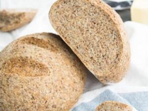 خبز بذور الكتان